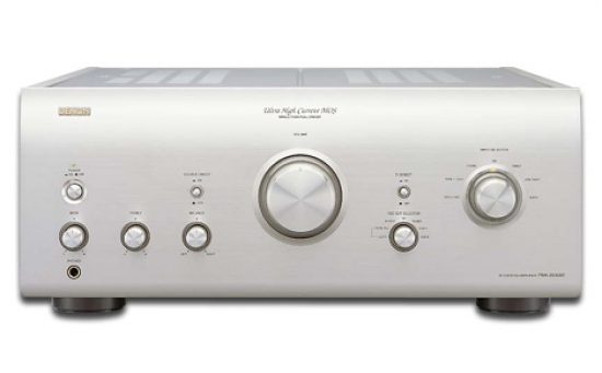 Denon PMA-2000AE Amplifier photo