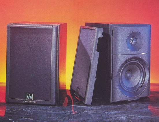 Wharfedale Diamond 5 Bookshelf Speakers Photo