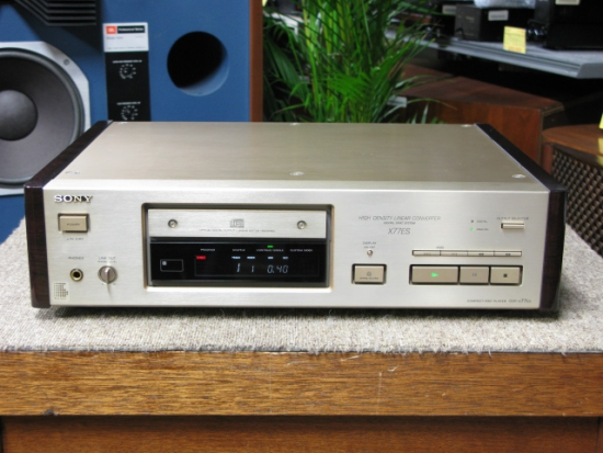 Sony CDP-X77ES CD-player photo